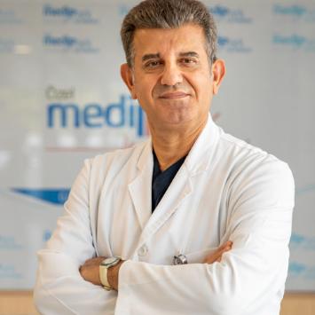 Op. Dr. Mustafa ÖZDEMİR